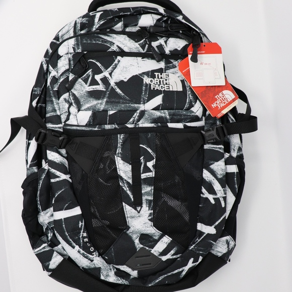 d72da4b15 UNISEX RECON TNF BLACK GRAFFITI PRINT NEW $99 MSRP